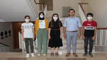 Kaymakam Mutlu Almalı, LGS'de Dereceye Giren Öğrencileri Makamında Kabul Etti
