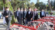 Düziçi ve köylerinde yaşayan 55 Çiftçiye Makine Hibe Edildi